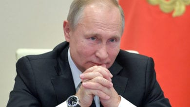 В 2020 году поднимутся цены на смартфоны. Путин подписал закон о запрете продаж смартфонов без российского ПО